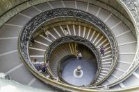 Escalier musées du Vatican_1